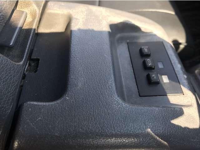 VXリミテッド 4WD ディーゼルターボ サンルーフ(9枚目)