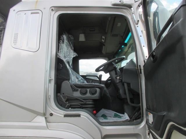 「その他」「スーパーグレート」「トラック」「北海道」の中古車34