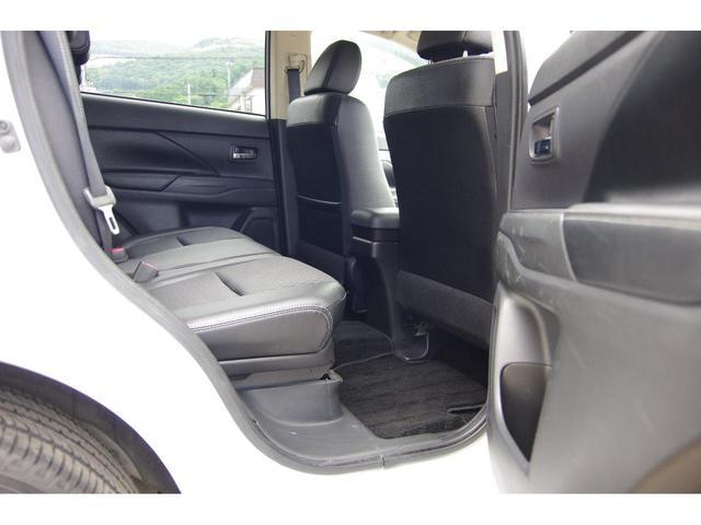 「三菱」「アウトランダーPHEV」「SUV・クロカン」「北海道」の中古車15