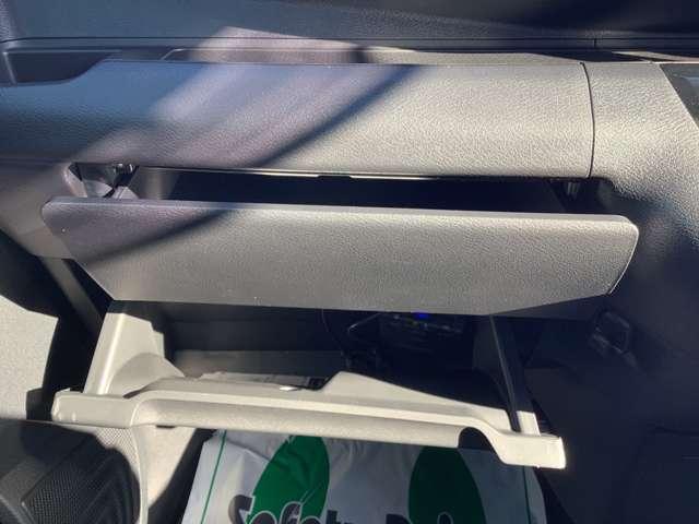 G バックカメラ ナビ スマートキー ドライブレコーダー 禁煙車 純正アルミホイール(18枚目)