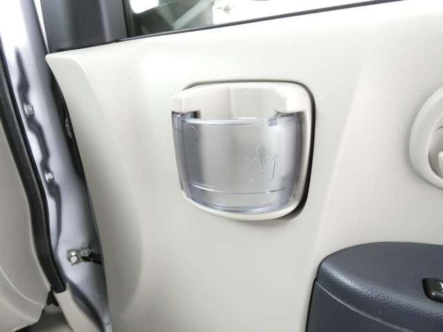 M 5速マニュアル車/運転席シートヒーター/CDオーディオ/ベンチシート/ベージュ内装/4WD/キーレスエントリー(26枚目)