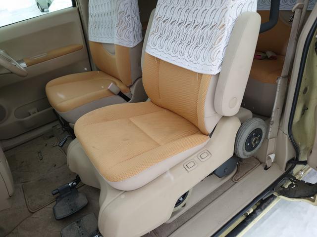 150r ウェルキャブ 助手席車いす(15枚目)