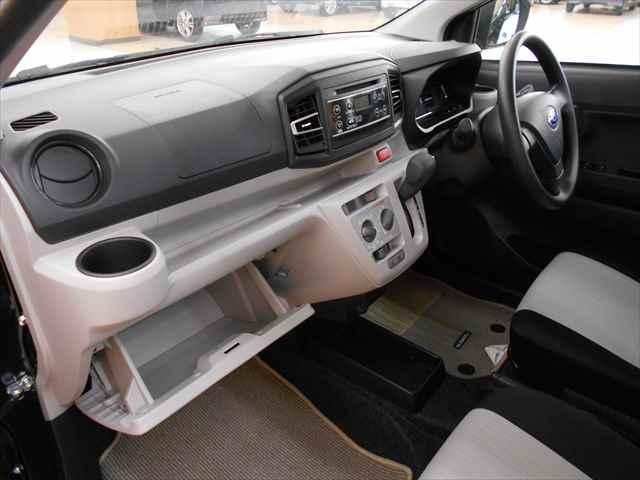 L スマートアシストIII 4WD ABS アイドルSTOP(9枚目)