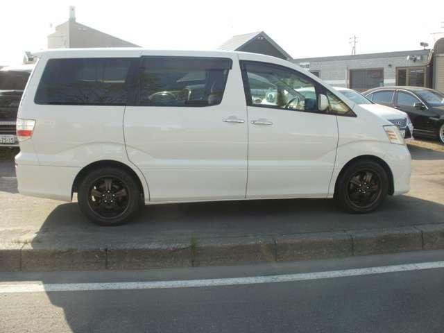 Gエディション4WD 社外17AW・純正ナビ・F&'Bカメラ(4枚目)