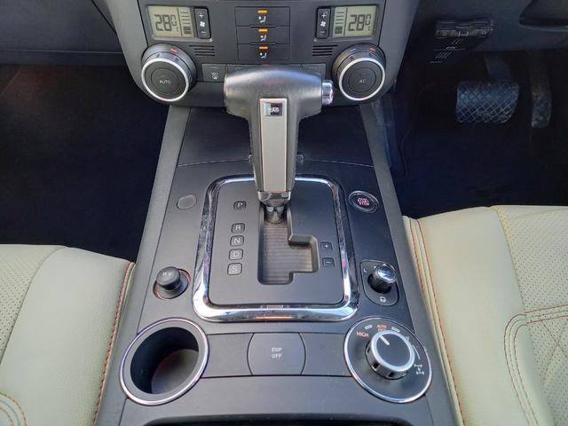 「フォルクスワーゲン」「トゥアレグ」「SUV・クロカン」「北海道」の中古車14