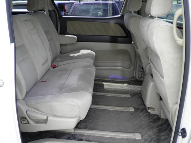 MX トレゾア アルカンターラバージョン 4WD 8人乗り(4枚目)