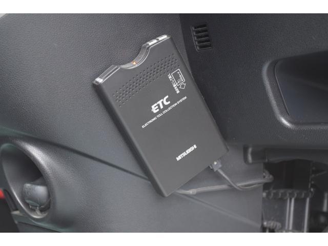 カスタム RS 4WD 夏冬タイヤ付 サビ無 ナビTV 寒冷地 スマキー キーフリー ABS(17枚目)