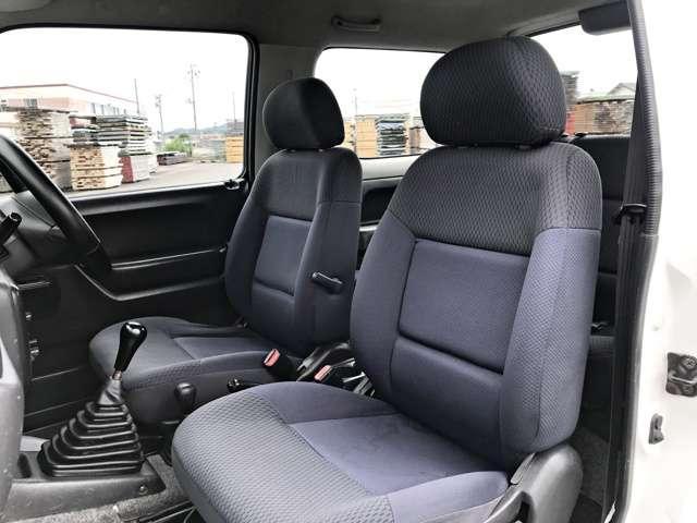 4WD XGサビ無しマニュアル5速(12枚目)