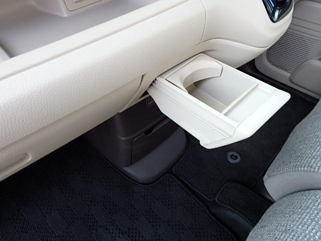 G・Lホンダセンシング 4WD ABS スマートキー リヤカメラ 衝突軽減装置 ETC ベンチシート ナビ(31枚目)