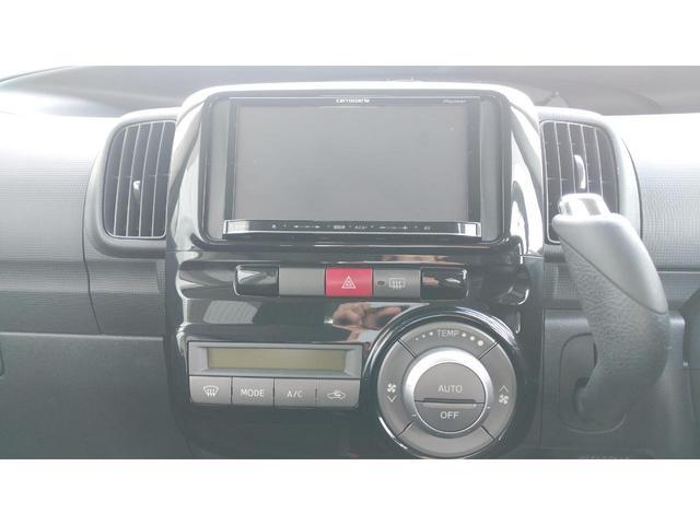 カーナビ付きです。マップを見たり、音楽を聴いたりドライブにも最適です!