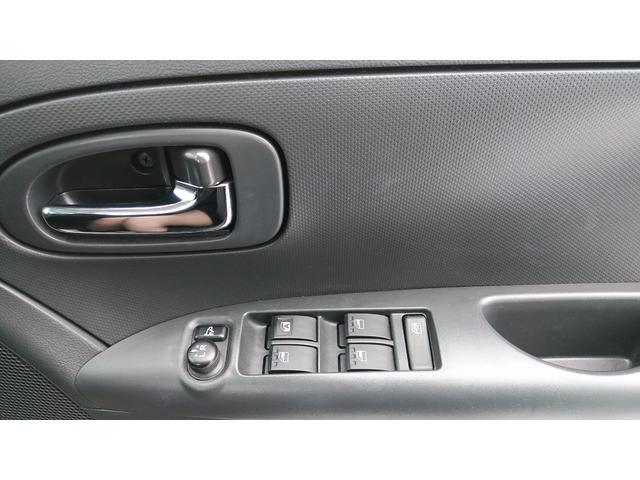 運転席側のドア、スイッチ