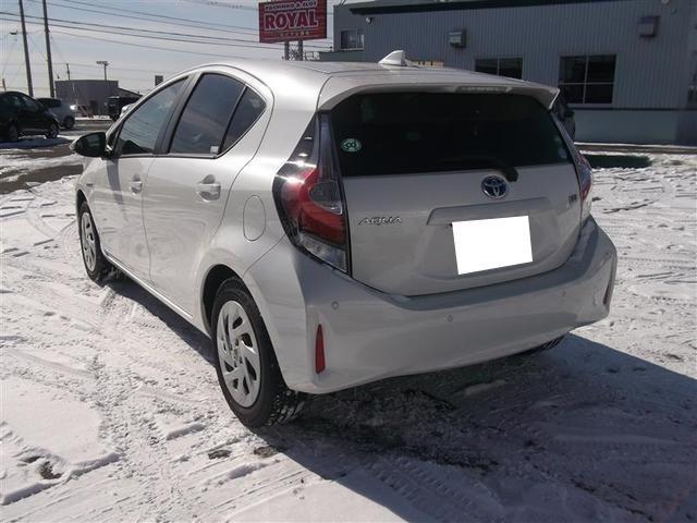 「トヨタ」「アクア」「コンパクトカー」「北海道」の中古車3