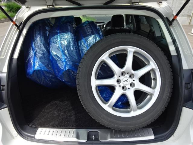 2.5i Sパッケージ4WD サンルーフ 革シート Tベル済(21枚目)