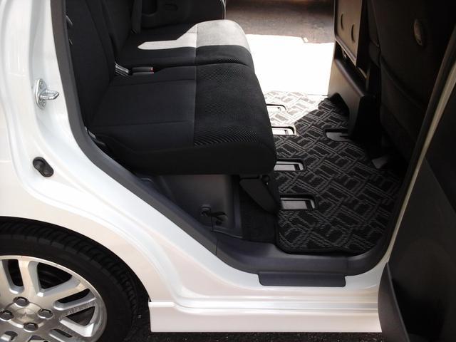 カスタムX 4WD 4AT ナビ テレビ キーフリー 左後スライドドア エンジンスターター(19枚目)