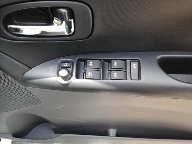 カスタムX 4WD 4AT ナビ テレビ キーフリー 左後スライドドア エンジンスターター(21枚目)