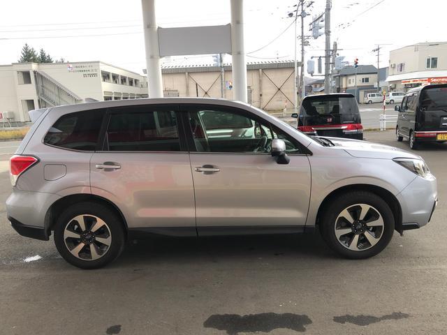 当店はJU(日本中古自動車販売協会連合会)の会員として法令順守・適正販売に取り組み、お客様が安心して車選びができる環境を目指しています。