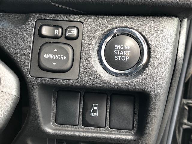 GL 4WD 禁煙車 ワンオーナー アルパインナビ アルパインフリップダウンモニター バックカメラ フルセグTV DVD再生 Bluetooth接続 ETC パワスラ 夏冬タイヤ 社外エンスタ 社外アルミ(20枚目)