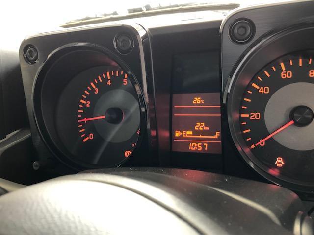 XL 現行モデル 禁煙車 パートタイム4WD 5速MT車 シートヒーター ミラーヒーター 電動格納ミラー プッシュスタート スマートキー(18枚目)