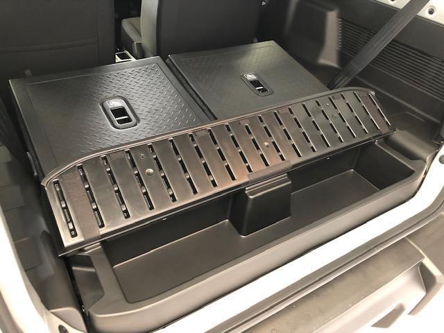XL 現行モデル 禁煙車 パートタイム4WD 5速MT車 シートヒーター ミラーヒーター 電動格納ミラー プッシュスタート スマートキー(32枚目)
