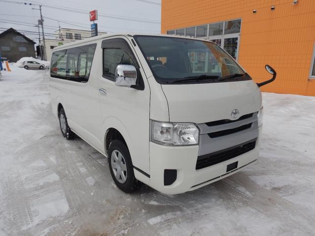 DX 6人 4ドア 4WD 寒冷地仕様 社外メッキミラー フロントバンパー・リヤバンパーホワイト塗装(2枚目)