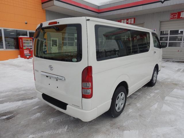 DX 6人 4ドア 4WD 寒冷地仕様 社外メッキミラー フロントバンパー・リヤバンパーホワイト塗装(3枚目)