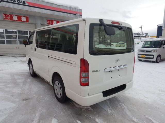 DX 6人 4ドア 4WD 寒冷地仕様 社外メッキミラー フロントバンパー・リヤバンパーホワイト塗装(4枚目)