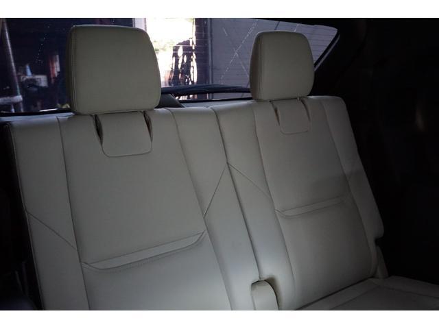 XD Lパッケージ 4WD/外20AW/外4本出しマフラー/外エアロ/Pバックドア/全方位カメラ/革シート/シートヒーター/アルパインフリップダウンモニター/BOSEサウンドシステム/フルセグ/ETC/ディーゼル車(23枚目)