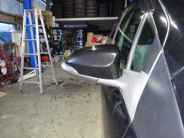 F 4WD オプション装備多数 スマートキー プッシュスタート 寒冷地仕様 ETC HID オートライト 電動格納ドアミラー ドアバイザー(19枚目)