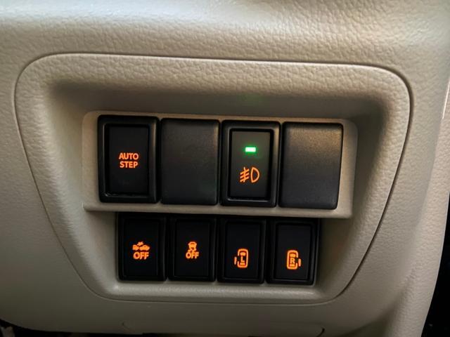 PZターボスペシャル 禁煙・4WD・リフトアップ・衝突被害軽減システム・リアモニター・SDナビ・フルセグTV・BLUETOOTH・バックカメラ・ETC・両側電動スライドドア・社外エンジンスターター(26枚目)