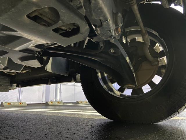 PZターボスペシャル 禁煙・4WD・リフトアップ・衝突被害軽減システム・リアモニター・SDナビ・フルセグTV・BLUETOOTH・バックカメラ・ETC・両側電動スライドドア・社外エンジンスターター(40枚目)