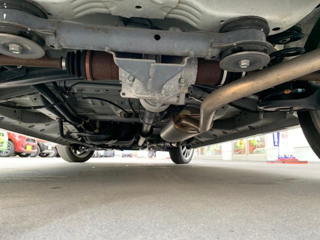 G・ターボLパッケージ 4WD・禁煙・両側電動スライドドア・クルーズコントロール・衝突被害軽減システム・シートヒーター・純正SDナビ・フルセグTV・バックカメラ・HIDオートライト(3枚目)
