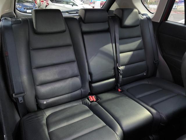 XD Lパッケージ 4WD・禁煙・ディーゼル・衝突被害軽減システム・電動レザーシート・シートヒーター・メーカーSDナビ・フルセグTV・Bluetooth・サイド&バックカメラ・レーダークルーズコントロール・コーナーセンサ(17枚目)