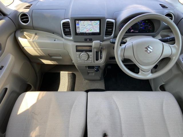 X 4WD・禁煙・衝突被害軽減システム・SDナビ・フルセグTV・Bluetooth・CD・DVD・バックカメラ・ETC・スマートキー・プッシュスタート・シートヒーター・左側パワースライド(3枚目)