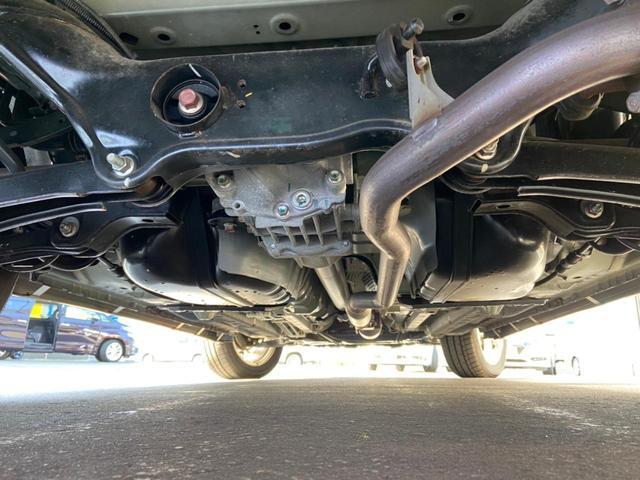 24Gセーフティパッケージ 4WD・禁煙・衝突被害軽減システム・車線逸脱防止装置・レーダークルーズコントロール・HIDオートライト・スマートキー・プッシュスタート・CD・MD・純正18インチアルミホイール(4枚目)