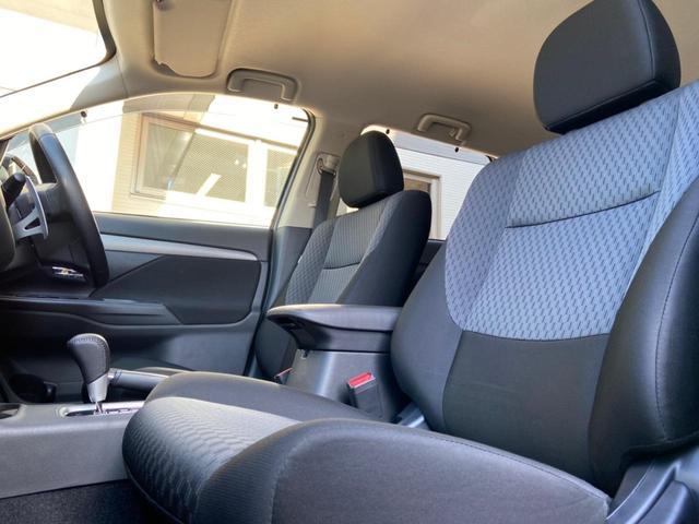 24Gセーフティパッケージ 4WD・禁煙・衝突被害軽減システム・車線逸脱防止装置・レーダークルーズコントロール・HIDオートライト・スマートキー・プッシュスタート・CD・MD・純正18インチアルミホイール(15枚目)