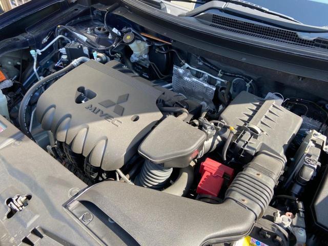 24Gセーフティパッケージ 4WD・禁煙・衝突被害軽減システム・車線逸脱防止装置・レーダークルーズコントロール・HIDオートライト・スマートキー・プッシュスタート・CD・MD・純正18インチアルミホイール(32枚目)