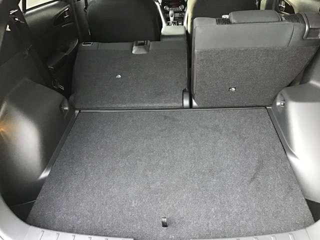 ブラックエディション ヘッドアップディスプレイ パーキングセンサー シートヒーター(13枚目)