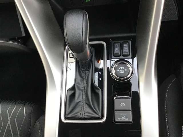 ブラックエディション ヘッドアップディスプレイ パーキングセンサー シートヒーター(16枚目)