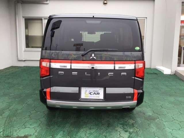 P クリーンディーゼル車 運転席パワーシート 助手席側電動サイドステップ 禁煙車 7人乗りウォークスルー(5枚目)