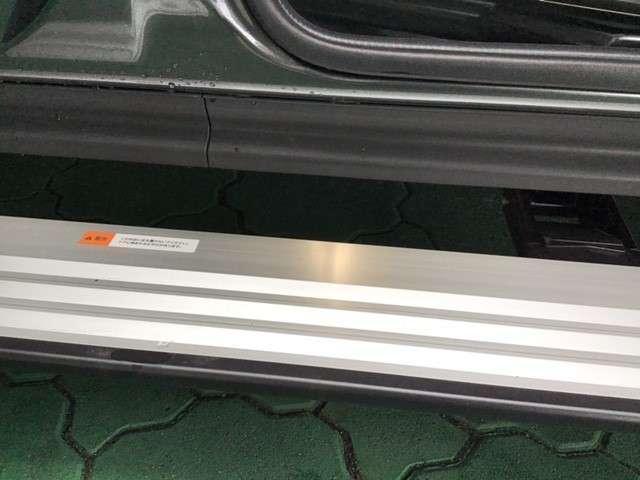 P クリーンディーゼル車 運転席パワーシート 助手席側電動サイドステップ 禁煙車 7人乗りウォークスルー(19枚目)