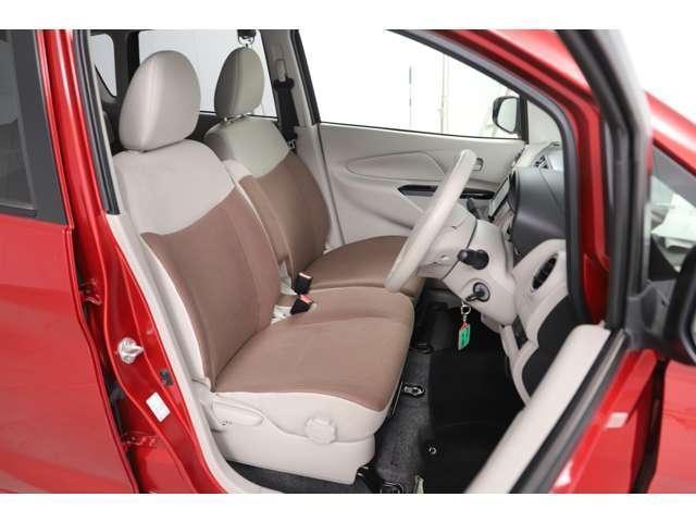 M アイドリングストップ ETC ベンチシート ベージュ内装 キーレス 運転席シートヒーター 4WD バックカメラ(11枚目)