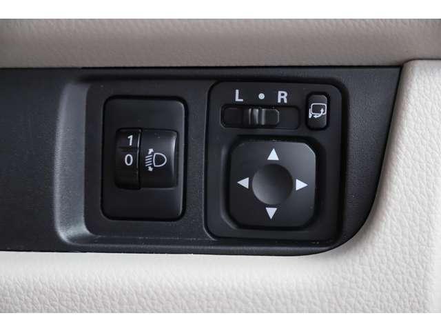 M アイドリングストップ ETC ベンチシート ベージュ内装 キーレス 運転席シートヒーター 4WD バックカメラ(24枚目)