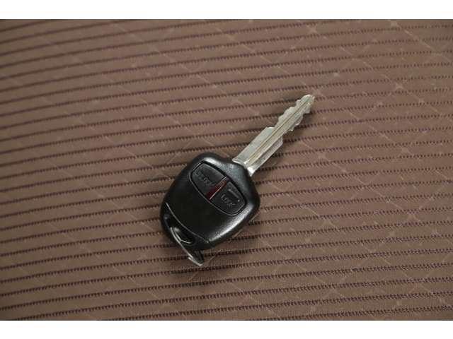 M アイドリングストップ ETC ベンチシート ベージュ内装 キーレス 運転席シートヒーター 4WD バックカメラ(26枚目)