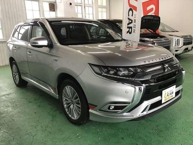 「三菱」「アウトランダーPHEV」「SUV・クロカン」「北海道」の中古車4