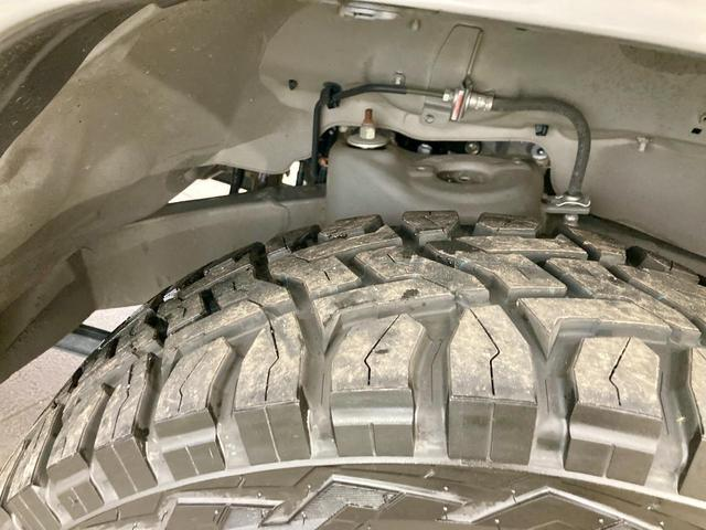XL 4WD 寒冷地仕様 リフトアップ 本革S(社外) ESC シートヒーター 背面タイヤ 社外エアロ(F) ETC センターデフロック(69枚目)
