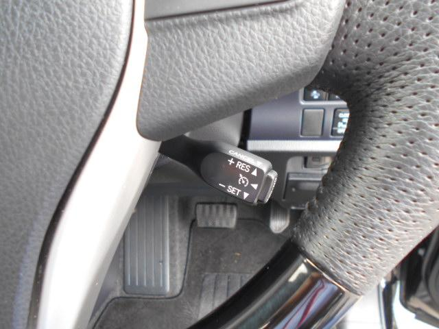 ★クルーズコントロ-ル!アクセル操作なしにステアリングのスイッチ操作のみで高速道路などでの定速走行を制御します★