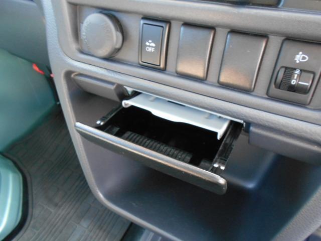 ★車内のいやな臭い等は感じられません★ですから車内はとってもきれいです!煙草を吸わない方や煙草の匂いが気になる方も安心してお乗りいただけますね★