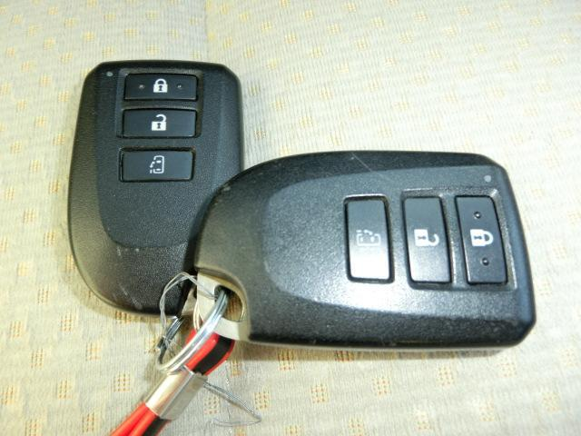 F スマートエントリーパッケージ パナソニックフルセグSDナビ バックカメラ ETC パワースライドア プッシュスタート HDMI HIDヘッドライト オートライト フォグランプ(73枚目)