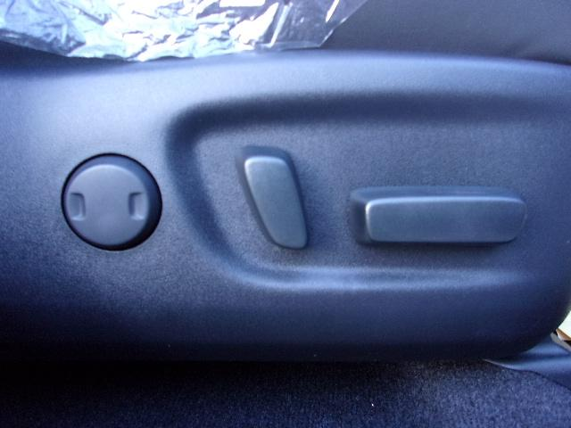 トヨタ ハリアー エレガンス 未使用車 後期型 トヨタセーフティ パワーシート