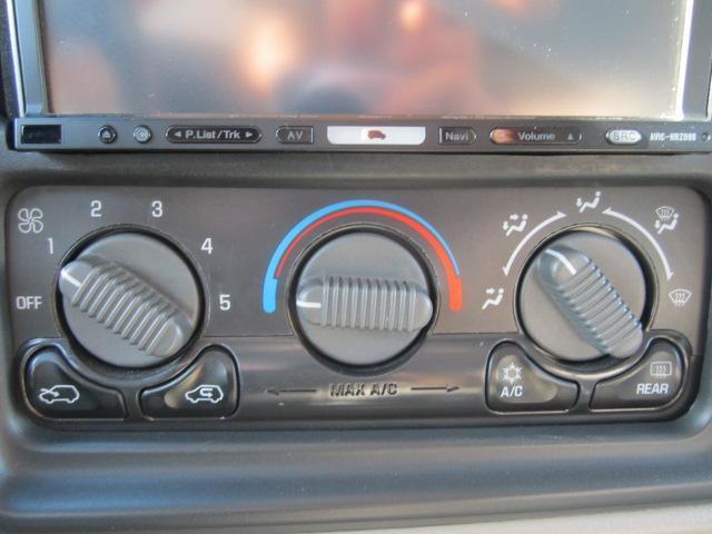 シボレー シボレー サバーバン LT4WD ダッヂドア